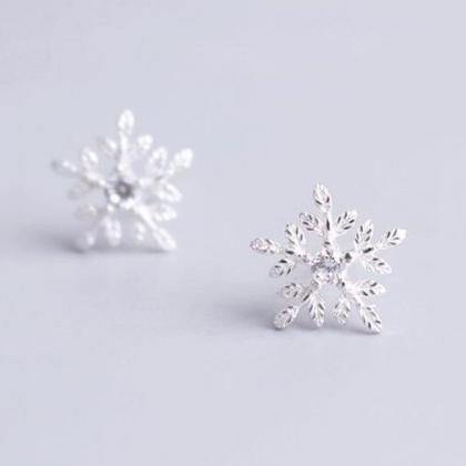 New Fashion Snowflake MicroSet Swee..