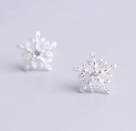 New Fashion Snowflake MicroSet Sweet Flower Studs,925 Sterling Silver,Minimalist Earring, Boho Earring,Tiny Earring,Gift For her, Jewellery.