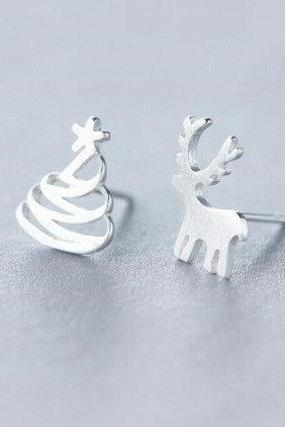 Hot Sale Cute Asymmetric Christmas Deer&Tree Studs,925 Sterling Silver,Minimalist Earring,Boho Earring,Tiny Earring,Gift For her,Jewellery.