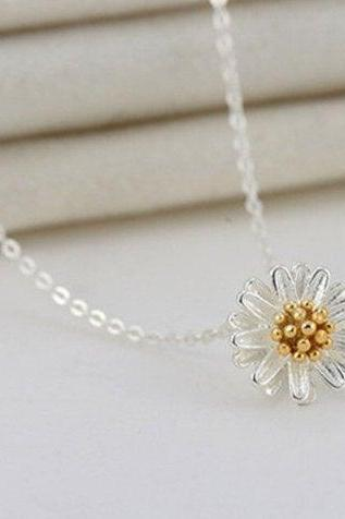Sleek Daisies Sun Flower Chrysanthemum Necklace ,925 Sterling Silver,Minimalist Necklace,Boho Necklace,Gift for her, Bridesmaids Jewellery.